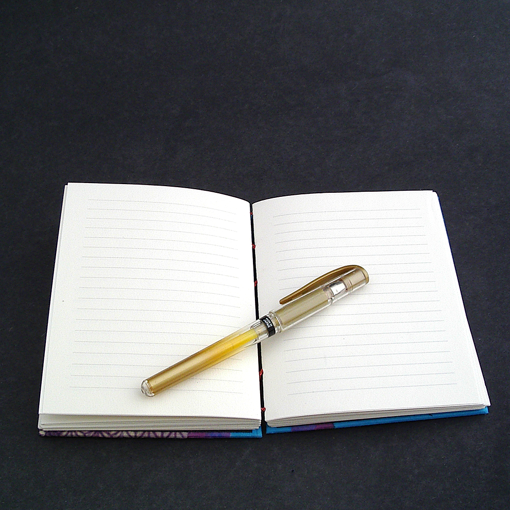 It lays flat for easy writing | Mellow Mood Journal handmade by Ruth Bleakley