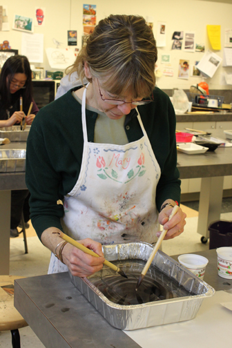Teaching Suminagashi Marbling at Clark University