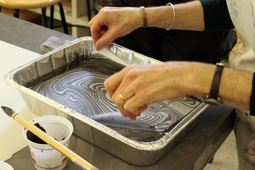 Suminagashi marbling - making a print with rice paper