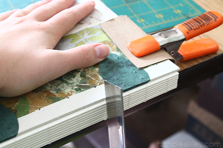 This is the secret for sewing a straight coptic stitch binding - The making of a Caterpillar Stitch Book by Ruth Bleakley