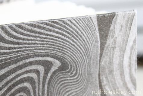 Suminagashi marbling on yuzen by Ruth Bleakley