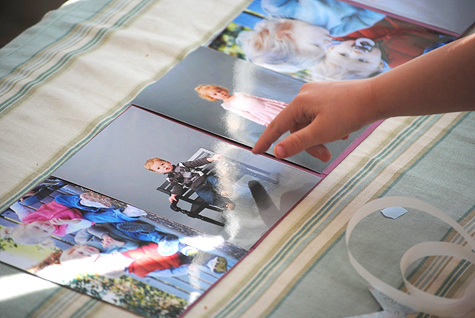 Homemade photo album tutorial - Mother's Day Gift Idea