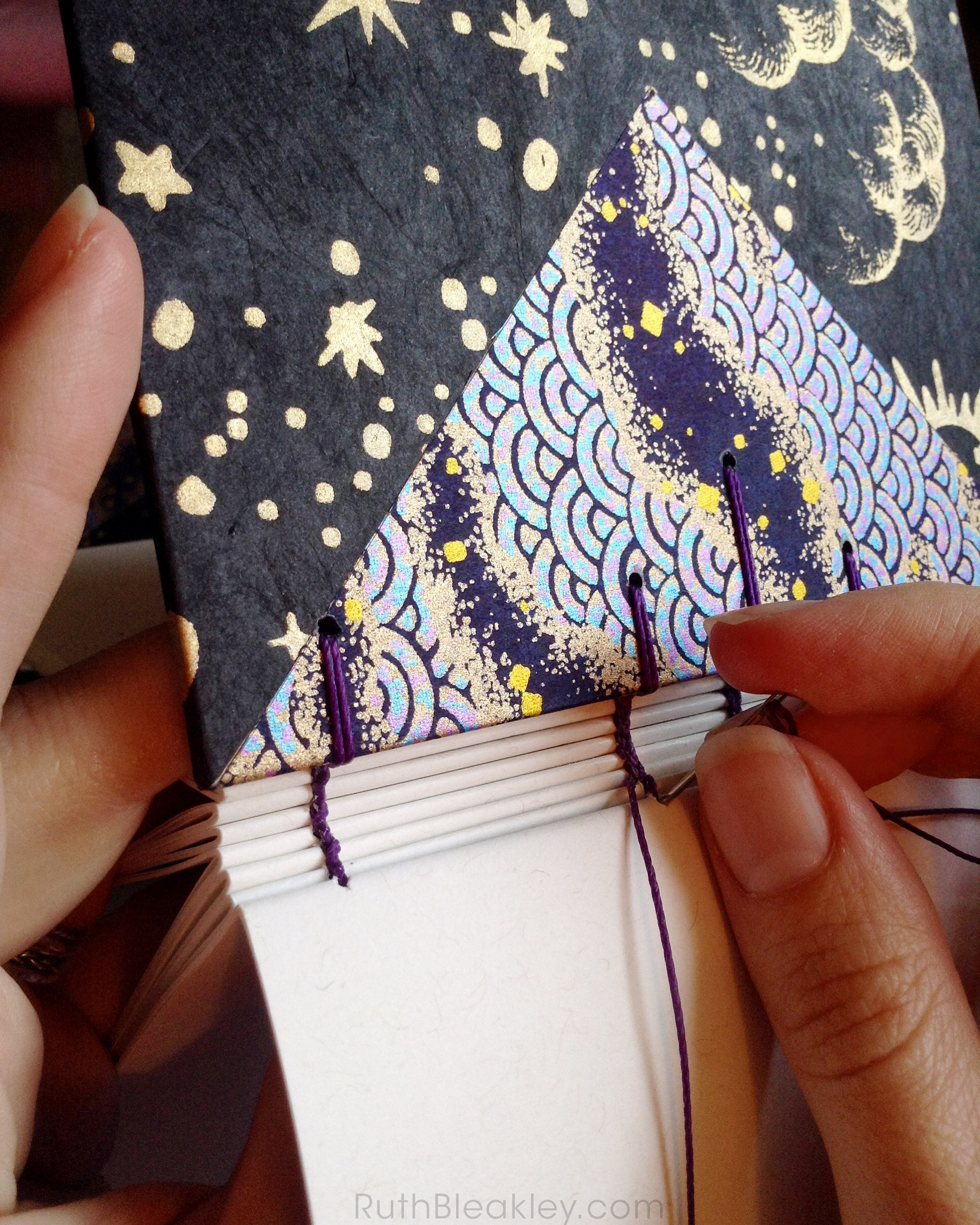 bookbinding coptic stitch journal by hand